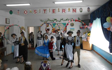 20 апреля при поддержке программы GIZ / BMI в культурных центрах немцев Узбекистана состоялось празднование светлого праздника Пасха.
